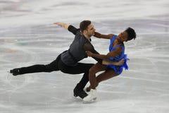 Vanessa James y Morgan Cipres de Francia se realizan en el programa de Team Event Pair Skating Short en los juegos 2018 de olimpi Imagen de archivo libre de regalías