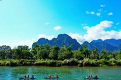 @Vang Vieng de vue de rivière Image libre de droits