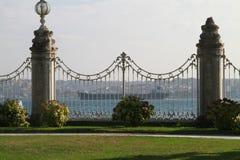 Vangrails binnen Dolmabahce-paleis in Istanboel, Turkije Royalty-vrije Stock Afbeelding