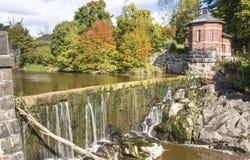 Vanhankaupunginkoski - Wasserfall auf Vantaanjoki-Fluss im alten Schleppseil Stockbilder