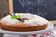 Vanilla and almond cake on a stand Royalty Free Stock Photography