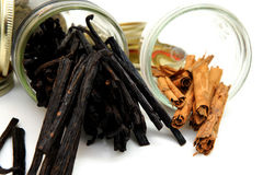 Vanilla Beans And Cinnamon Sticks Royalty Free Stock Image