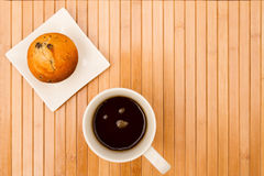 Vanilla with chocolate chips Muffins with a cup of coffee Stock Photography