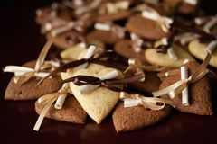 Vanilla and chocolate cookies Royalty Free Stock Photos