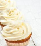 Vanille-kleine Kuchen Lizenzfreie Stockbilder