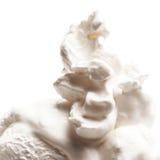 Vanille Zacht die Roomijs op Wit wordt geïsoleerd Stock Foto's