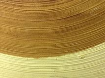 Vanlig wood bakgrundsgulingapelsin arkivfoton