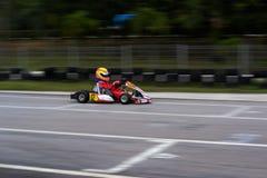 Vanno gli sport di corsa del kart Immagini Stock