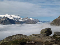 Vanoise; 在雾之上 免版税库存照片