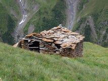 Vanoise; 有小屋的阿尔卑斯 免版税图库摄影