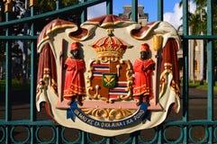Vapen av hawaiansk royalty på den Iolani slotten Fotografering för Bildbyråer