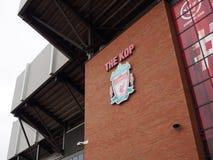 Vapen för Liverpool fotbollklubba, Liverpool, UK Arkivbilder