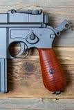 Vapen för tappningtyskMauser pistol Arkivfoto