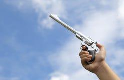Vapen i hand Royaltyfri Bild