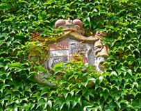 Vapenskölden av ägare av det Melnitsky låset i staden av Melnik för republiktown för cesky tjeckisk krumlov medeltida gammal sikt Fotografering för Bildbyråer