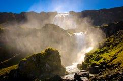 Vapeur de cascade photographie stock libre de droits