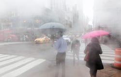 Vapeur de la rue au fond dans NYC photos libres de droits