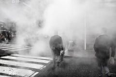 Vapeur de la rue au fond dans NYC photo stock