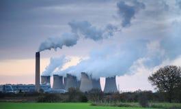 Vapor billowing de la central eléctrica de Drax foto de archivo