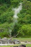 Vapor de las aguas termales, Tailandia imagenes de archivo