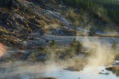 Vapor y niebla del agua hirvienda Imagen de archivo