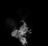 Vapore del fumo su fondo nero Fotografie Stock Libere da Diritti
