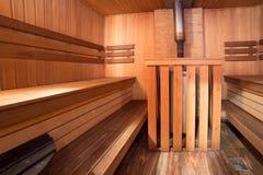 Vapore di legno della stanza del bagno interno di sauna Fotografia Stock