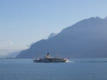 Vapore di pagaia che va a Montreux Immagine Stock Libera da Diritti