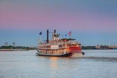 Vapore di pagaia di New Orleans in fiume Mississippi a New Orleans Fotografia Stock