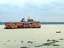 Vapore di pagaia di Rocket, fiume di Buriganga, Bangladesh immagini stock