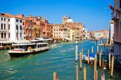 Vaporetto in Venetië royalty-vrije stock afbeeldingen