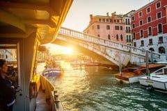 Vaporettovervoer in Venetië Royalty-vrije Stock Foto's