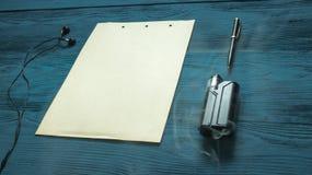 Vaporizzatore e vecchia pagina sviluppata Immagini Stock Libere da Diritti