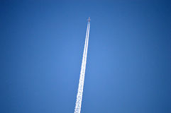 Vapour Trail - Very High Aircraft Or Plane Royalty Free Stock Images