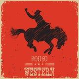 Vaquero occidental que monta el caballo salvaje Cartel occidental en el papel rojo ilustración del vector