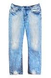 Vaqueros rasgados azules del dril de algodón aislados en blanco Imagen de archivo