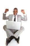 Varón afroamericano del negocio en el top del revestimiento con el entusiasmo fotos de archivo libres de regalías