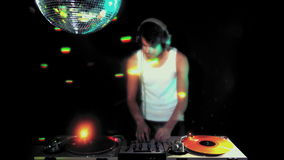 Varón fresco DJ almacen de video