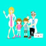 varón y doctor de sexo femenino que sostienen la jeringuilla médica de la inyección que da la vacuna de la inyección al muchacho  libre illustration
