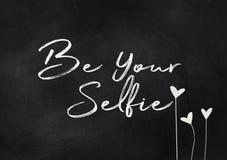 Var din selfietext på den svart tavlan Royaltyfria Bilder