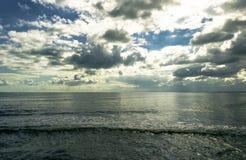 Var himlen och havet möter Royaltyfria Foton