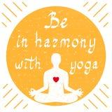 Var i harmoni med yoga Arkivfoton