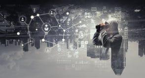 Var medveten av en hackerattack fotografering för bildbyråer