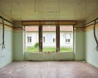 var sovrummet demolerad lokal snart till Arkivbild