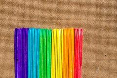 vara de madeira colorida do gelado Fotos de Stock