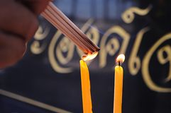 Vara e vela do incenso Imagens de Stock