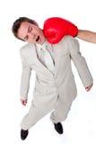 vara hit för boxningaffärsmanhandske royaltyfri bild