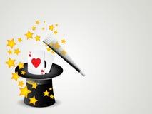 Vara y cilindro mágicos con las tarjetas del póker Fotografía de archivo libre de regalías