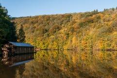 Varadero en el lago Imagen de archivo libre de regalías