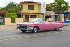 Varadero KUBA, STYCZEŃ, - 01, 2018: Rocznika klasyczny Amerykański samochód Fotografia Royalty Free